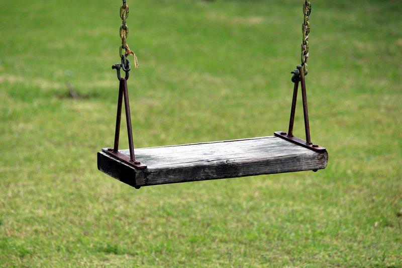 swing-1365713_1920.jpg